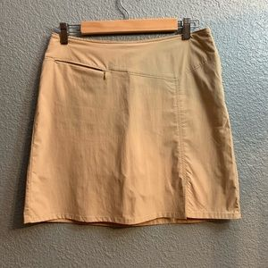 Patagonia Skirt brand new no tags Size 8